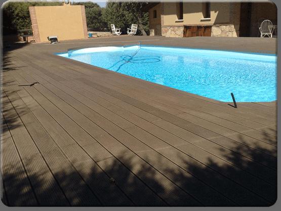 Tarima sint tica para piscinas y jardines sin for Piscina composite