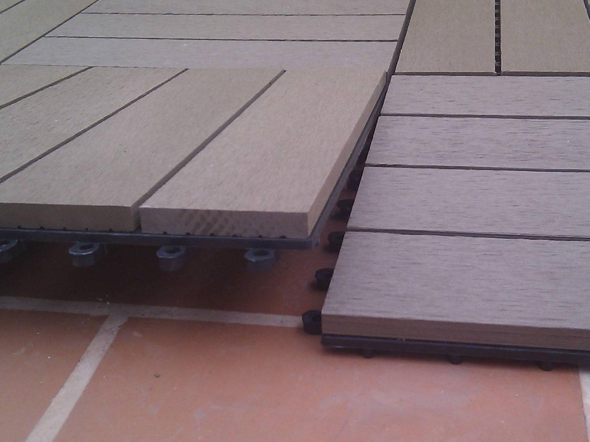 Baldosa de jardin el suelo composite m s f cil de instalar for Suelo composite exterior