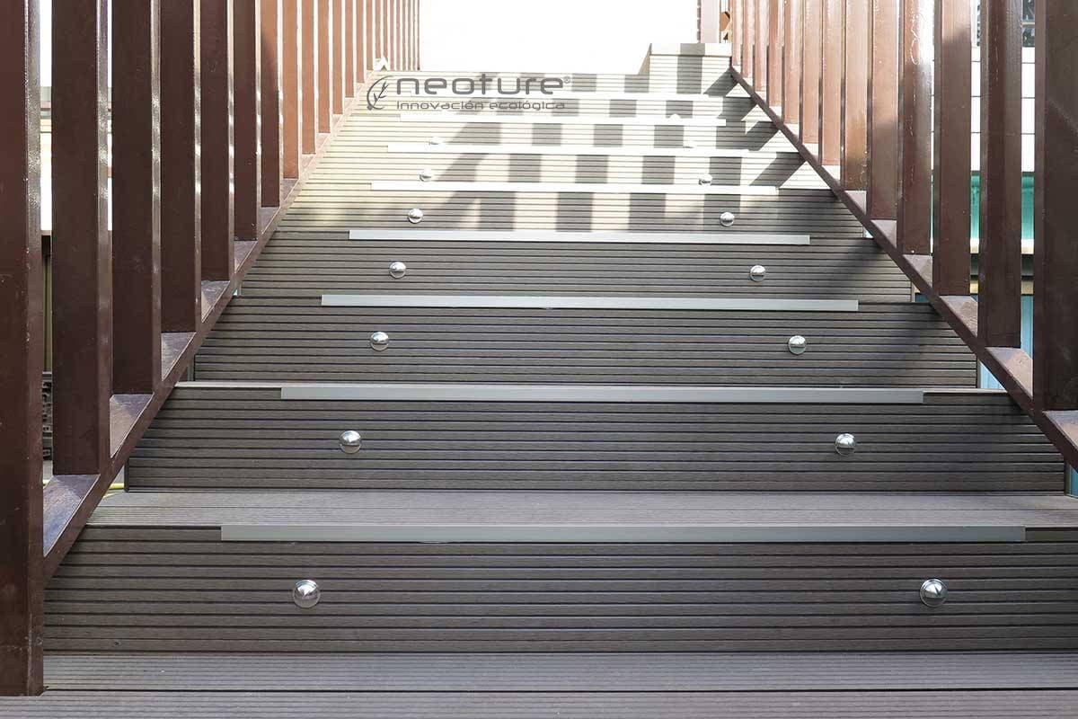 Tarima para exterior neomeck - Revestimiento para escaleras ...