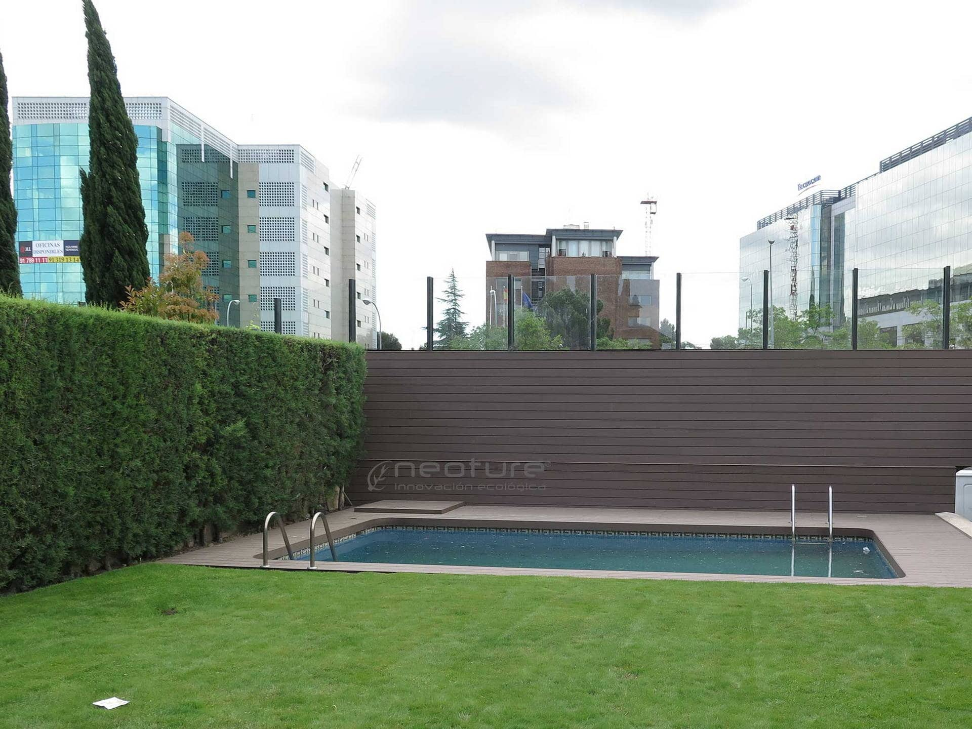 Revestimiento sint tico - Vallas de madera para piscinas ...