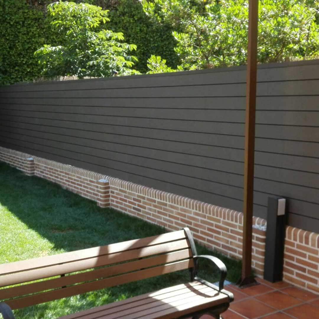Lamas de madera exterior interesting cmo tratar tarima - Paneles imitacion madera ...